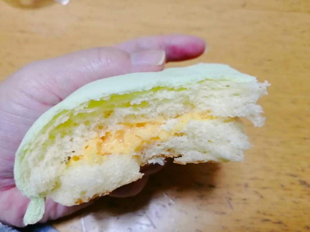 志津屋の北海道メロンパン